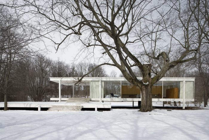 Farnsworth House, Plano, Illinois. Designed by Ludwig Mies van der Rohe. Photographer: Carol M. Highsmith's, U.S. Library of Congress, Highsmith Archive