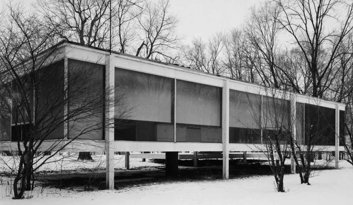 Edith Farnsworth House, Fox River & Milbrook Roads, Plano vicinity, Kendall County, Illinois - north elevation, seen from northeast. Designed by Ludwig Mies van der Rohe. Jack Boucher - Library of Congress, Prints and Photographs Division, Historic American Buildings Survey.